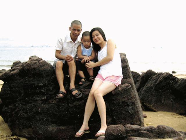 """Diễn viên hài Việt: Chẳng phải đại gia vẫn cưới được """"chân dài"""""""