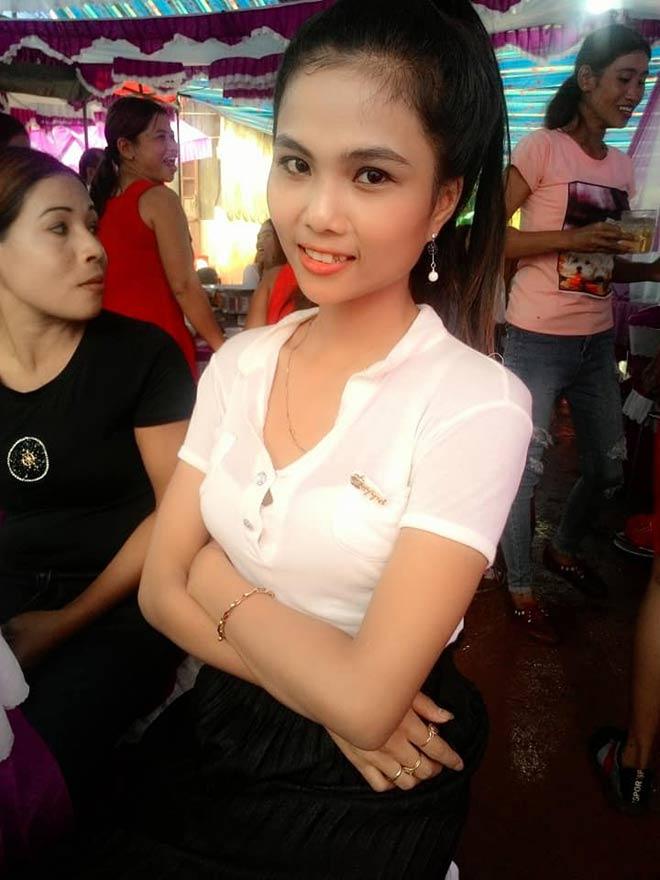 Cô em gái đẹp lạ của tân Hoa hậu Hoàn vũ nóng bỏng - 8