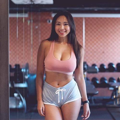 Đường cong vạn người mê của cô béo gợi cảm nhất xứ Đài - 6