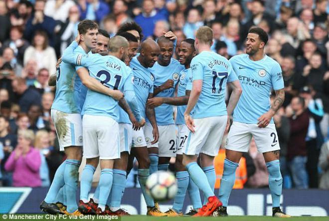 Man City – Guardiola muốn vĩ đại như MU: Hãy vô địch mọi đấu trường 1