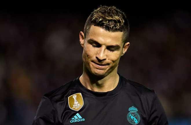 Real Madrid - Ronaldo tụt dốc: Cỗ sẵn cũng chẳng có mà ăn - 2