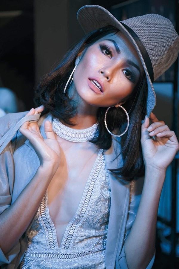 Tân Hoa hậu Hoàn vũ Việt Nam thuở tóc dài xinh như búp bê - 3