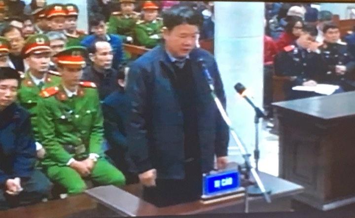 """Ông Đinh La Thăng: """"Bị cáo day dứt về khuyết điểm tại dự án Thái Bình 2"""""""