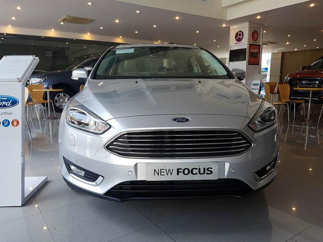 Ford Focus giảm giá còn 570 triệu đồng, rẻ hơn cả Vios - 2