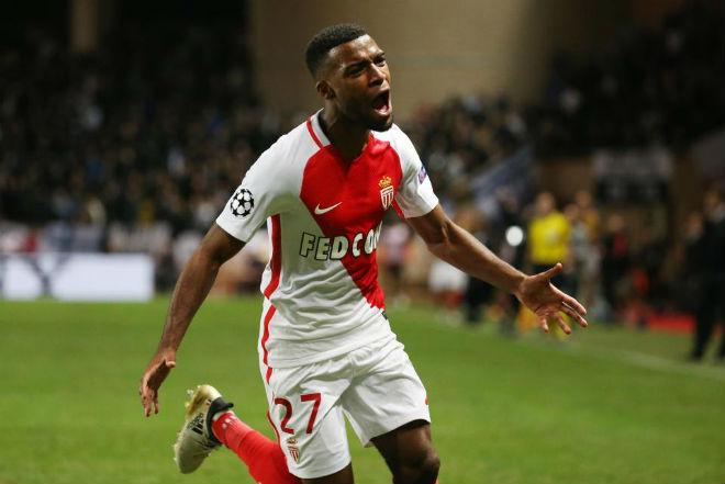 Chuyển nhượng HOT 9/1: Đua PSG, Man City ra giá mua Sanchez - 3