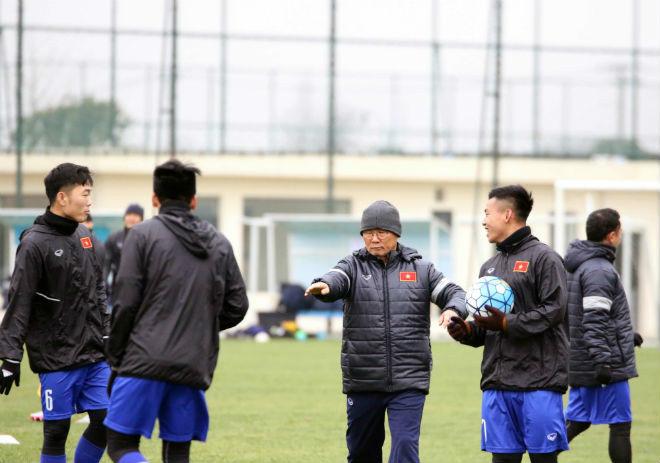 """U23 Việt Nam: Báo Trung Quốc gọi là """"ẩn số"""", gợi lại kì tích World Cup"""