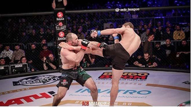 Đòn knock-out tàn khốc nhất lịch sử MMA, 30 giây suýt đoạt mạng 1