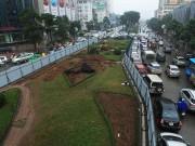 Tin tức trong ngày - Bị xén 3/4 thảm cỏ, đường đẹp nhất Việt Nam có giữ được danh hiệu?