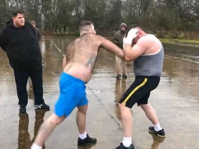 "Kịch chiến UFC, Stephens - Choi Doo Ho: Cú ""dập ghim"" vỡ mặt 1"