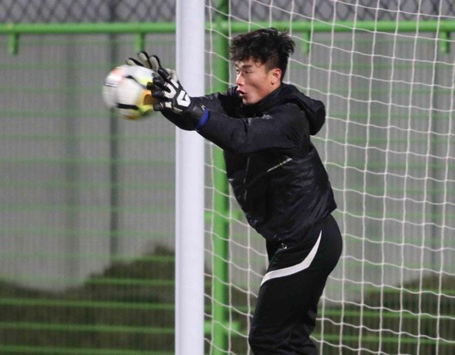 """U23 Việt Nam: HLV Park Hang Seo lo nhất """"người gác đền"""" - 3"""