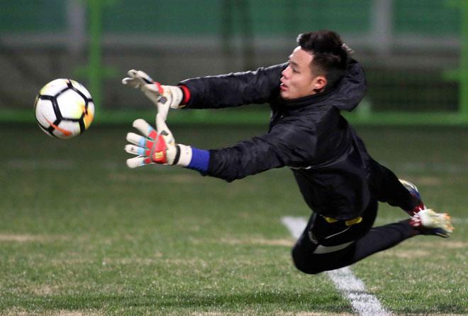 """U23 Việt Nam: HLV Park Hang Seo lo nhất """"người gác đền"""" - 8"""