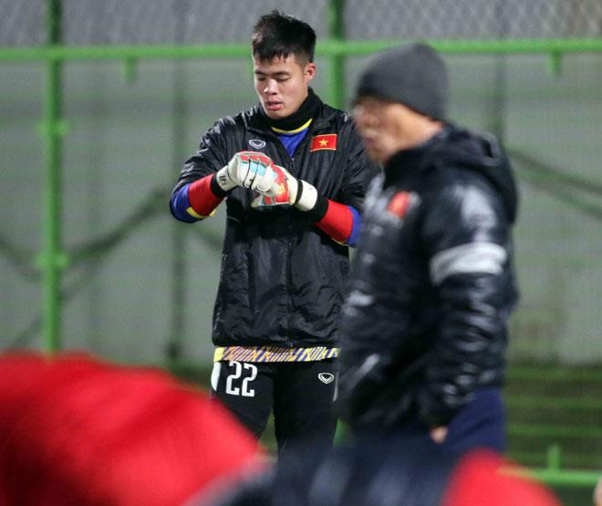 """U23 Việt Nam: HLV Park Hang Seo lo nhất """"người gác đền"""" - 9"""