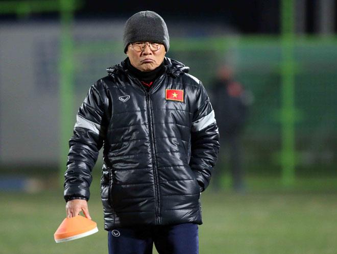 """U23 Việt Nam: HLV Park Hang Seo lo nhất """"người gác đền"""" - 10"""