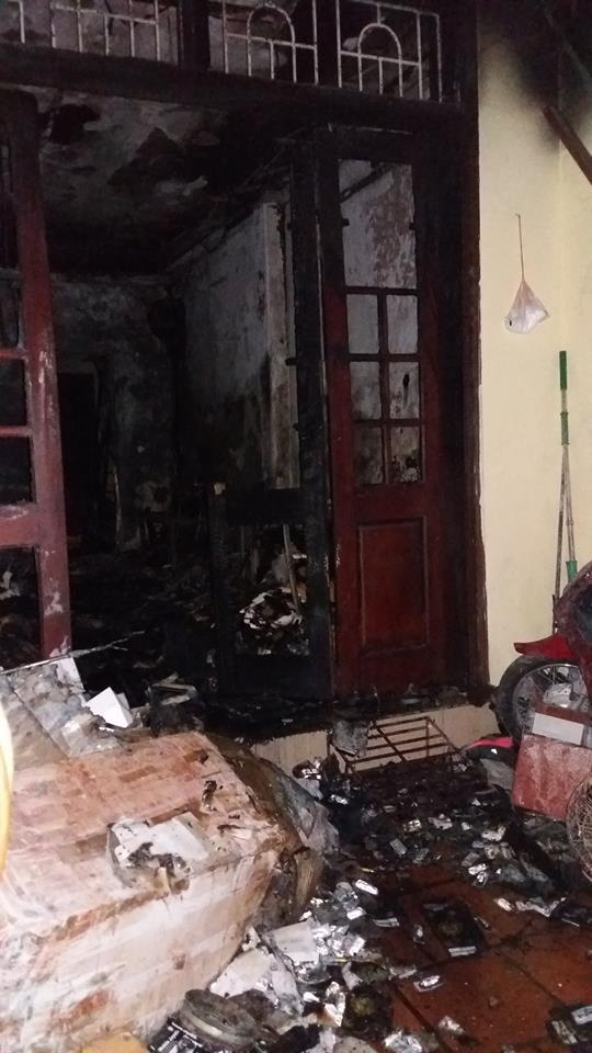 """HN: Cháy nhà 3 tầng, 4 mẹ con thoát chết nhờ """"bảo bối"""" cứu hỏa này"""