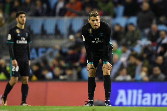 "Real yếu kém, fan nổi loạn: ""Đại ca"" Ronaldo ra tay giải cứu - 1"