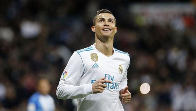 Ronaldo đòi rời Real: Siêu cò ra tay, PSG mua giá chỉ 100 triệu euro - 1