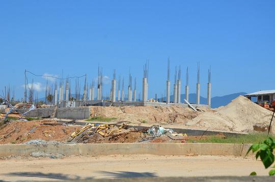 Đà Nẵng: Ngang nhiên lấn biển xây hàng chục biệt thự vượt phép