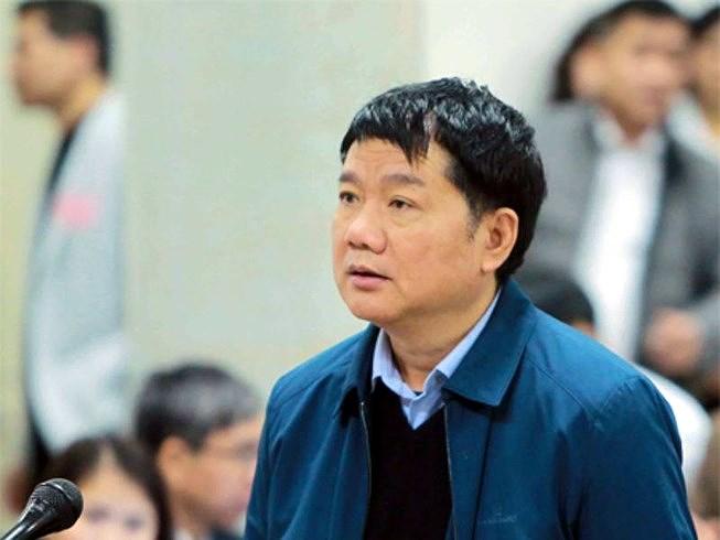 Ông Đinh La Thăng từ chối trả lời luật sư vì lý do sức khỏe