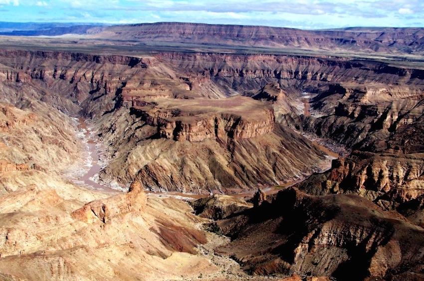 Đã mắt ngắm nhìn 12 hẻm núi đẹp nhất hành tinh - 11