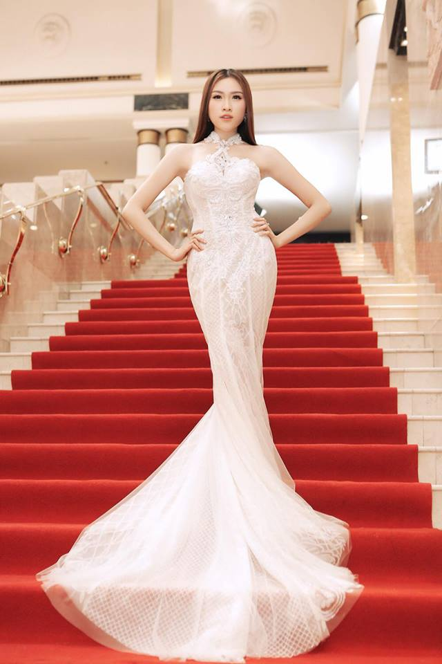 Gu mặc gợi cảm của nữ MC nóng bỏng nhất VTV từng thi hoa hậu - 12