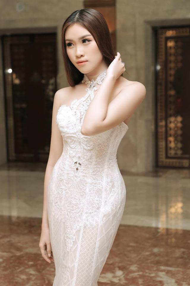 Gu mặc gợi cảm của nữ MC nóng bỏng nhất VTV từng thi hoa hậu - 13