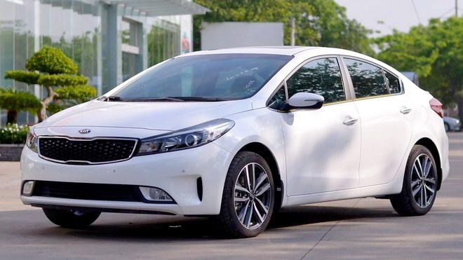 10 mẫu xe bán chạy nhất Việt Nam năm 2017 - 2