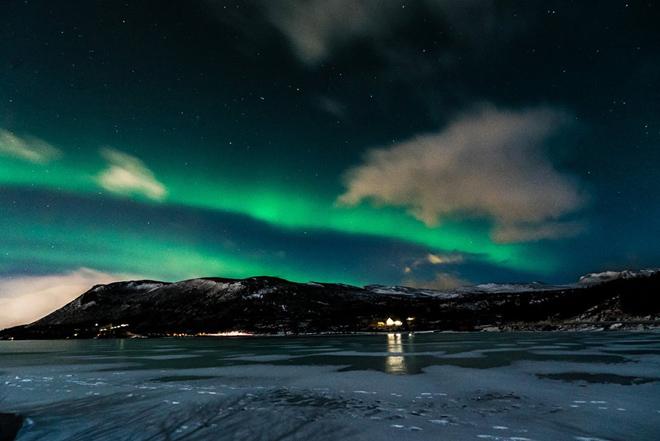 Ngắm trời, đất và biển Iceland qua ống kính của Hoàng Lê Giang - 8