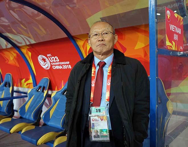 U23 Việt Nam: HLV Park Hang Seo & 2 lần đặt tay lên trái tim 1