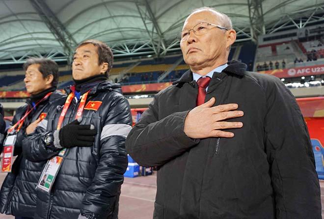 U23 Việt Nam: HLV Park Hang Seo & 2 lần đặt tay lên trái tim 3