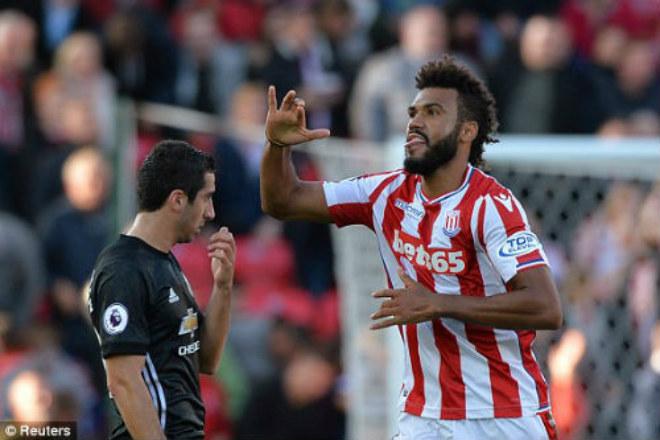 Họp báo MU - Stoke City: Mourinho bất ngờ khen Sanchez, vỗ về Ibra 3