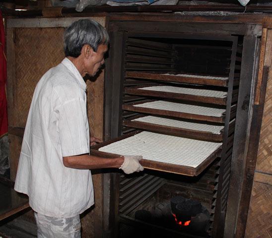 """Độc đáo làng nghề làm bánh """"tiến Vua"""" chỉ vào dịp Tết - 9"""