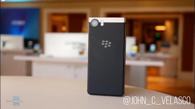 Video cận cảnh BlackBerry KEYone Bronze