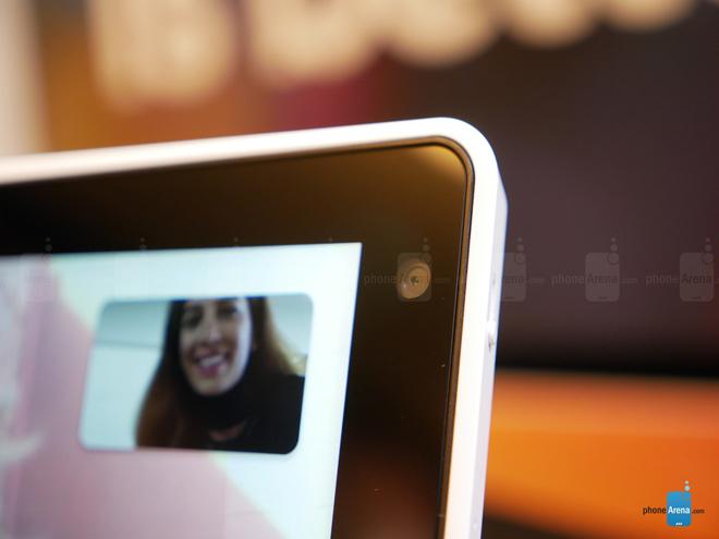 Trên tay màn hình thông minh của Lenovo có trợ lý ảo - 3
