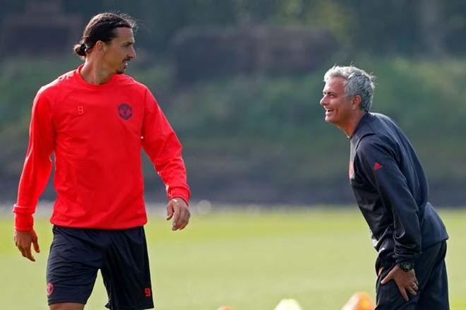 Họp báo MU - Stoke City: Mourinho bất ngờ khen Sanchez, vỗ về Ibra 2