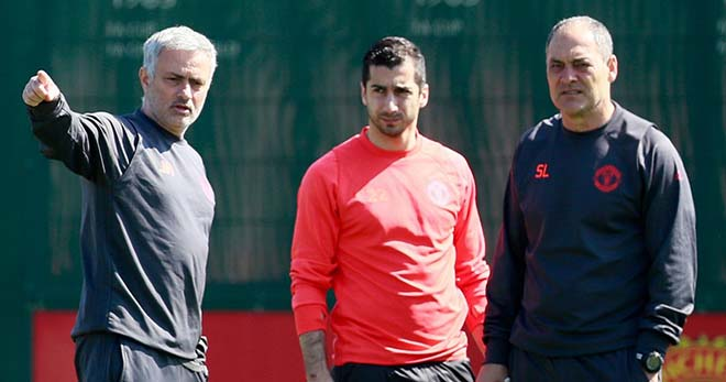 """""""Bom tấn"""" cực nóng: Mourinho phá lệ chợ đông vì Sanchez 3"""