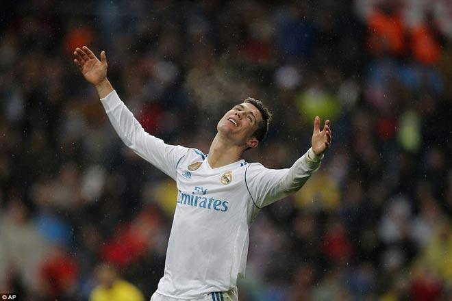 """Ronaldo cực đỉnh của """"chân gỗ"""": Kiệt quệ dứt điểm 11 ăn 0 - 8"""
