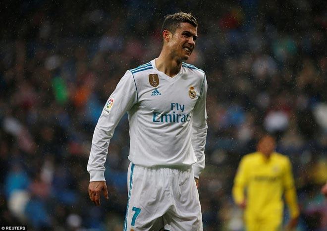 """Ronaldo cực đỉnh của """"chân gỗ"""": Kiệt quệ dứt điểm 11 ăn 0 - 6"""
