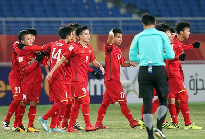 Quang Hải ghi bàn lịch sử, nước mắt người hùng U23 VN - 4
