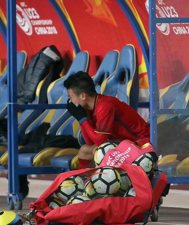 Quang Hải ghi bàn lịch sử, nước mắt người hùng U23 VN - 10
