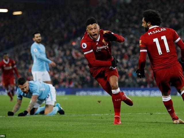 """Man City hết """"độc cô cầu bại"""": Báo chí ví Liverpool như chiến thần 5"""