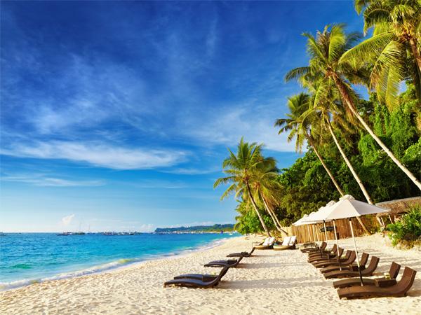 """""""Lịm tim"""" ngắm những bãi biển nước sạch nhất thế giới - 12"""