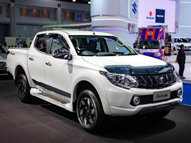 Mitsubishi Triton 2018 cải tiến có giá từ 345 triệu đồng