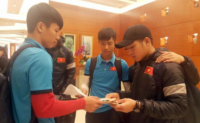 HLV Park Hang Seo siết kỷ luật, U23 Việt Nam lên xe bus đi đấu Syria 3