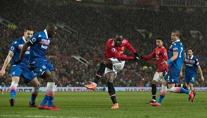 """MU - Stoke: Tấn công dồn dập, tiệc bàn thắng """"3 sao"""" 2"""