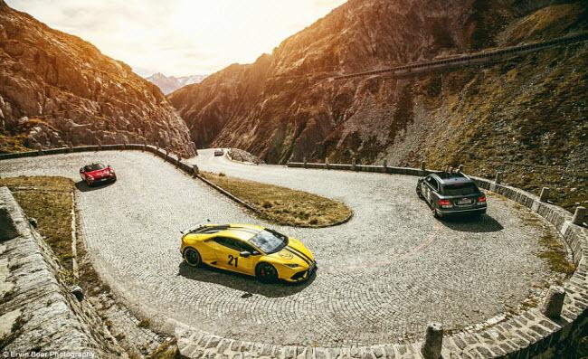 Lướt xe trên những cung đường đẹp và ngoạn mục nhất châu Âu - 9