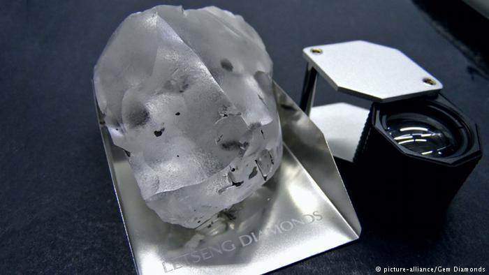 Đào được viên kim cương to nhất nhì lịch sử, cực kỳ đắt đỏ - 2