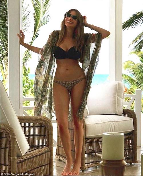 Đệ nhất mỹ nữ Colombia đẹp bất chấp tuổi tác nhờ...mẹ chồng - 5