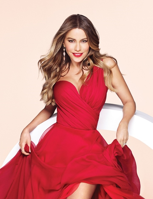 Đệ nhất mỹ nữ Colombia đẹp bất chấp tuổi tác nhờ...mẹ chồng - 14