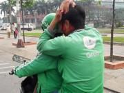 An ninh Xã hội - Tài xế Grabbike toác đầu sau ẩu đả với tài xế xe ôm truyền thống