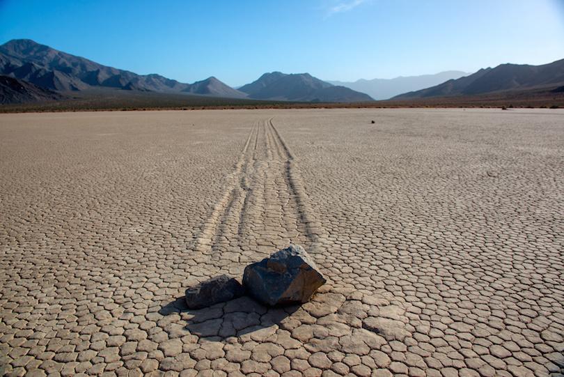 Kinh ngạc ngắm những sa mạc khô cằn đẹp đến khó tin - 4